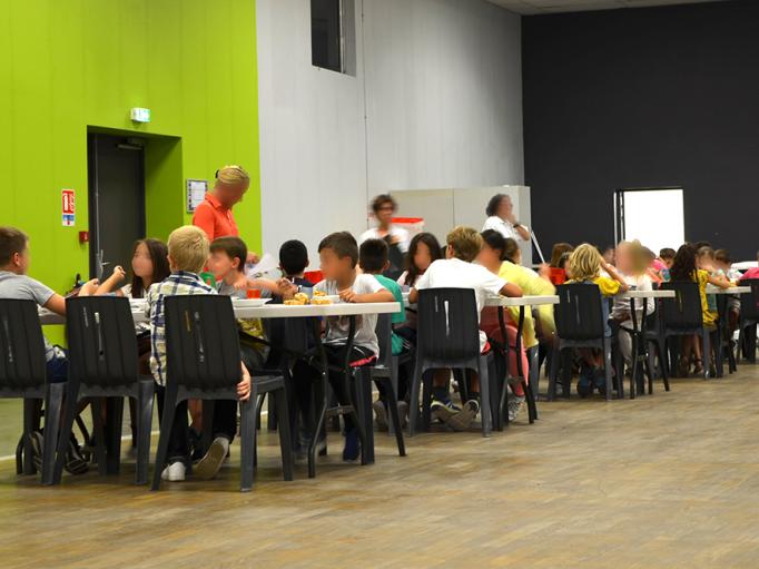 Cantine temporaire pendant les travaux pour les élèves de l'école Pasteur