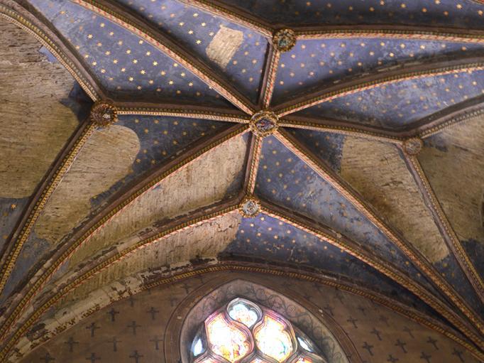 Plafond d'une des chapelles de l'eglise